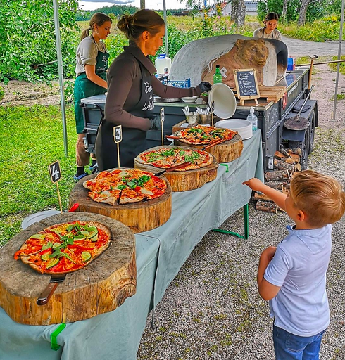 Dream Catering Pizzeria on Wheels