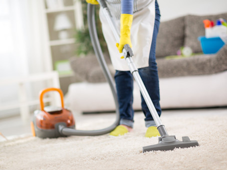 3 Signs It's Time to Invest in Professional Carpet Cleaning