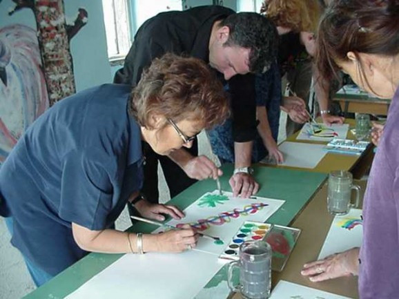 12 Ways to Enhance Creativity and Collaboration in Teams