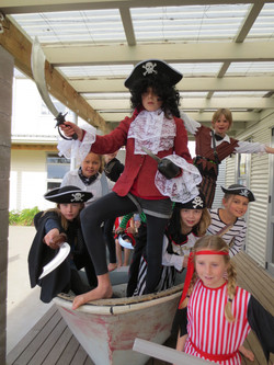 Captain Hook & the Pirates