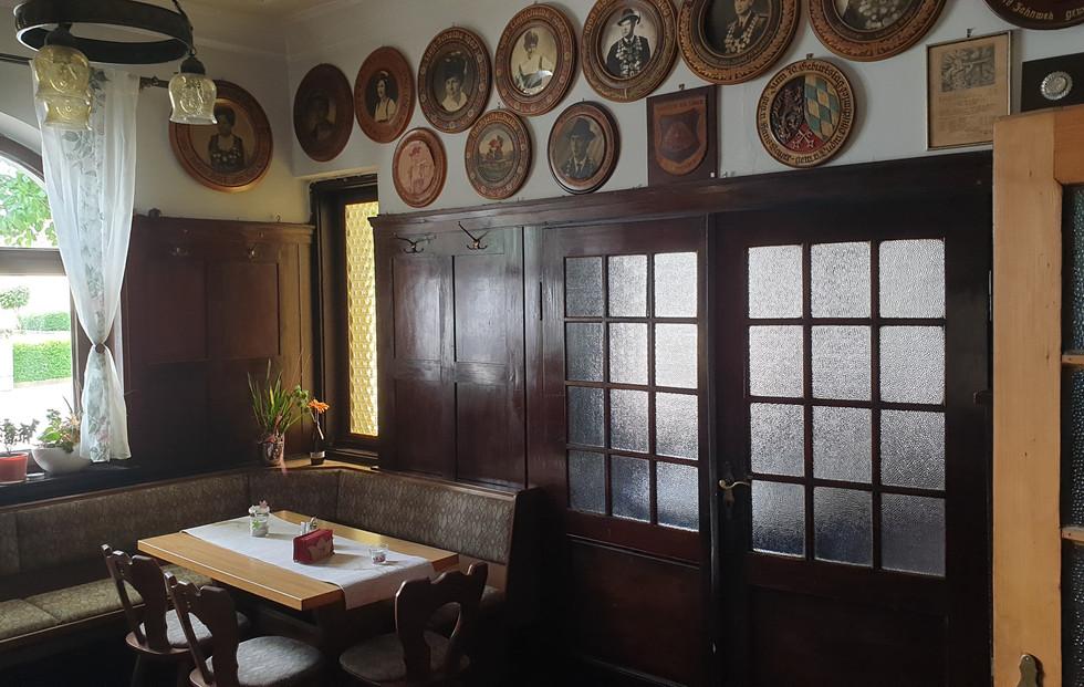 Kleiner Gastraum (Nebenzimmer)