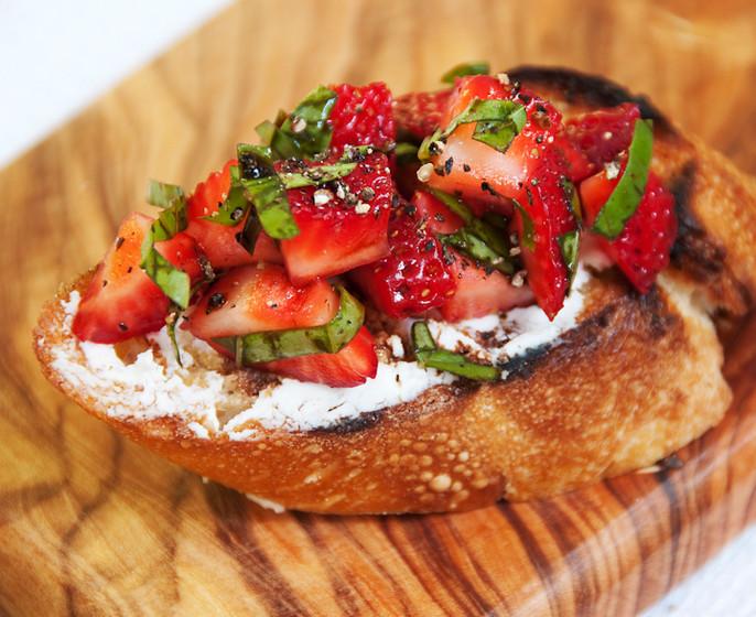 FS StrawberryBruchetta.jpg