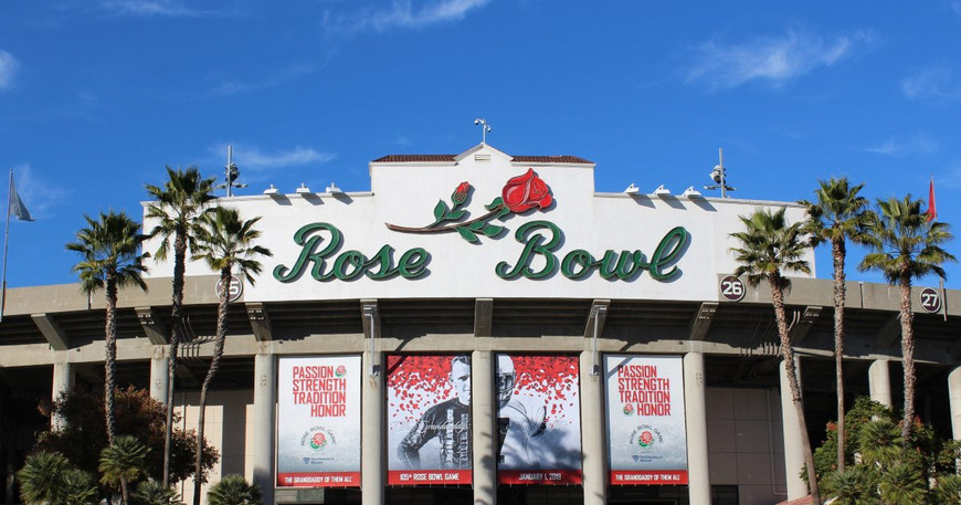Rose_Bowl_Stadium_JYeh_282029_6a869ee361