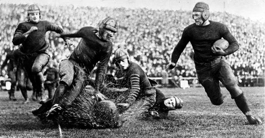 first-rose-bowl-game-in-1902.jpg