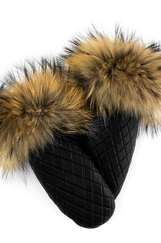MTHU02 - Black-Finn Raccoon / Noir-Raton Laveur Finlandais