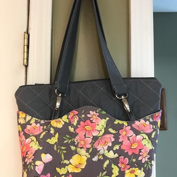 CLASS: Versatile Wave Bag