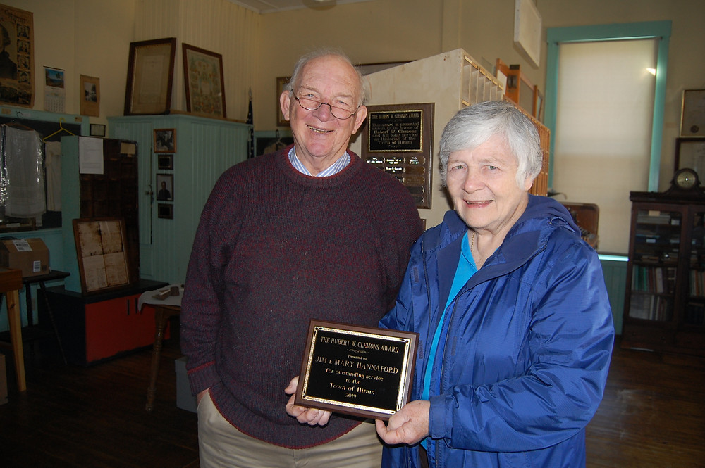 Jim & Mary Hannaford receiving the HHS Hubert Clemons Award for Outstanding Service to the Town of Hiram at the Museum last October.
