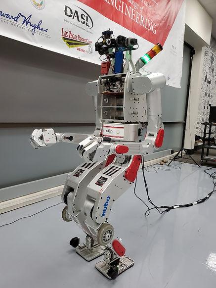 VirtualVegas_robotimage2.jpg