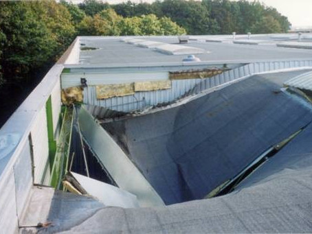 L'entretien des toitures, une obligation souvent méconnue.