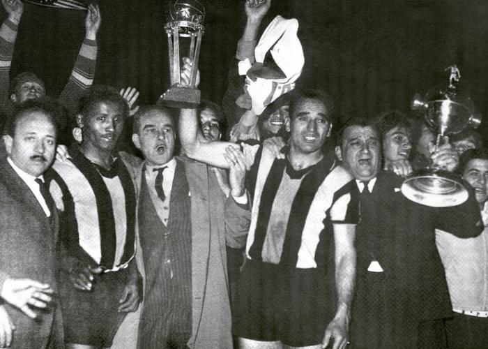 Peñarol e Olimpia foram os primeiros finalistas da Libertadores da América em 1960. (Foto: Trivela/Reprodução)