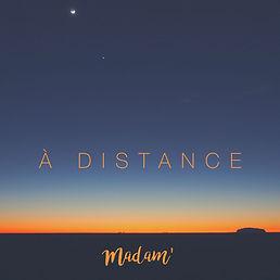 À distance.jpg