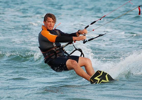 moniteur de kitesurf