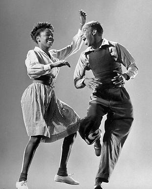 Vintage Swing Dancers 2.jpg