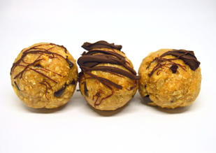 Chocolate Chip Heaven Protein Balls