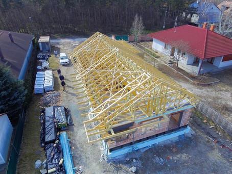Szeglemezes tetőszerkezet - Székesfehérvár
