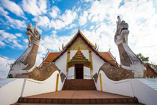 Thai pic1 -buddhism-1851453_1920.jpg