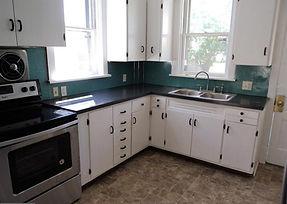 Kitchen Pic 7.jpg