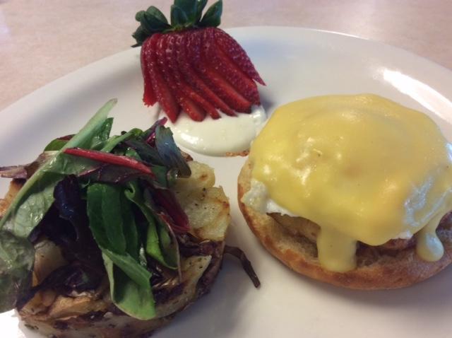 Breakfast - Crab Cake Benedict