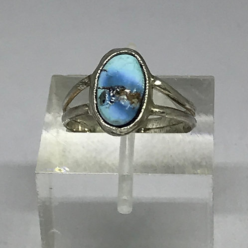 Sweet Oval Turquoise Ring