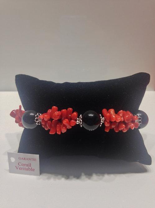 Bracelet corail et perles d'onyx