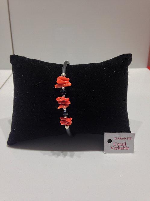 Bracelet bout de corail et onyx noir