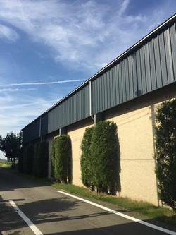 Hangar Voeders Nollet