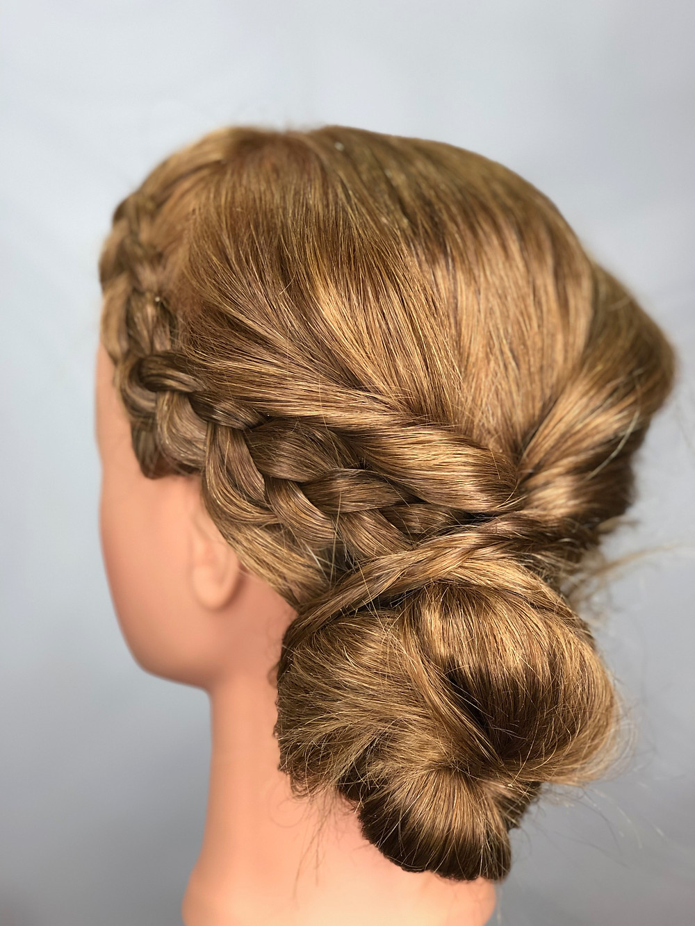 That Look Salon, Easy Romantic Updo