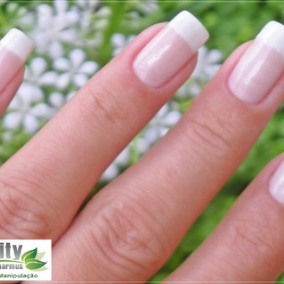 Veja 7 dicas para o fortalecimento de unhas .