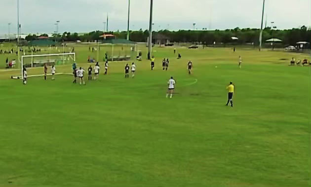 Video: Sophie with the header at the Super Y Tournament