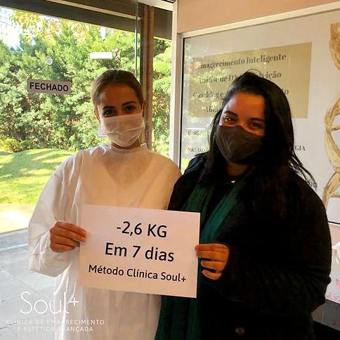Foto%20Andressa_edited.jpg