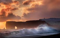 Sunset at Dyrholaey