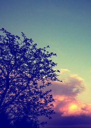 Wolken-Sonnenuntergang-Eller-mit-verschi