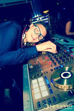 Dj Popi Niagara Lounge Bar Koncert skupine Kingston in Zabava