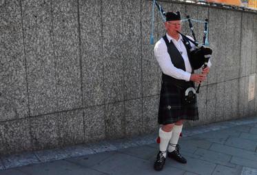 Edinburg,Scotland