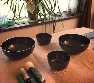 6/22 「シンギング・リン」の倍音による心と身体のチューニング体験会