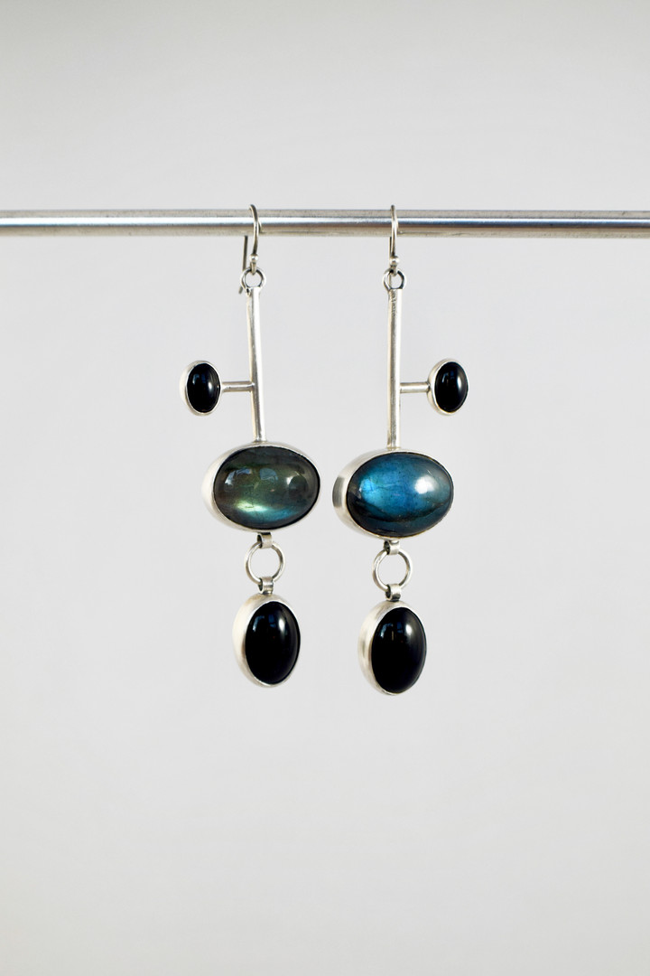 labradorite_onyx_earrings_1.jpg