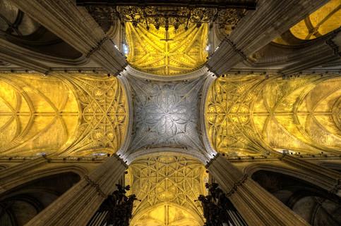 Catedral_de_Santa_María_de_la_Sede_(Sevilla).jpg
