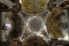 Iglesia Virgen de Las Angustias (Granada).jpg