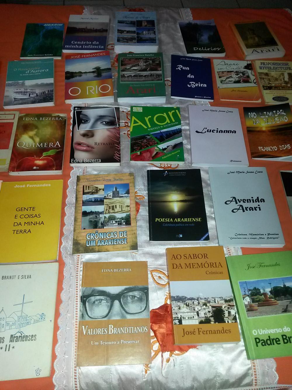 Um pouco das obras de autores de Arari. Foto: Divulgação.
