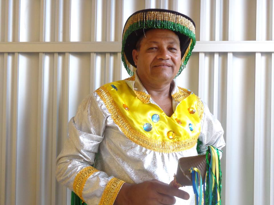 Fortunado em trajes de Bumba-boi. Foto: acervo do próprio artista.