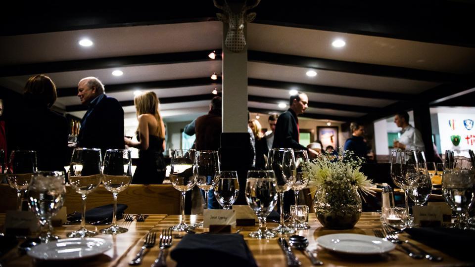 Moonlit Snowshoe Tour & Dinner