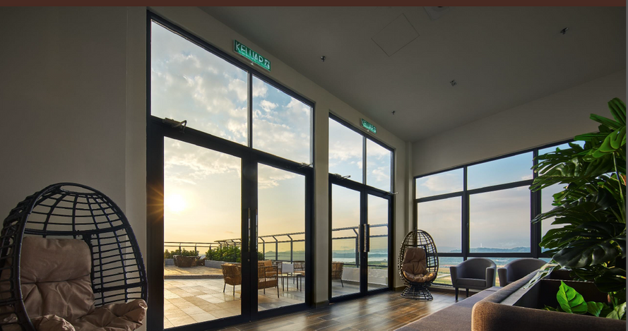 19) Sky Lounge with Seaview.PNG