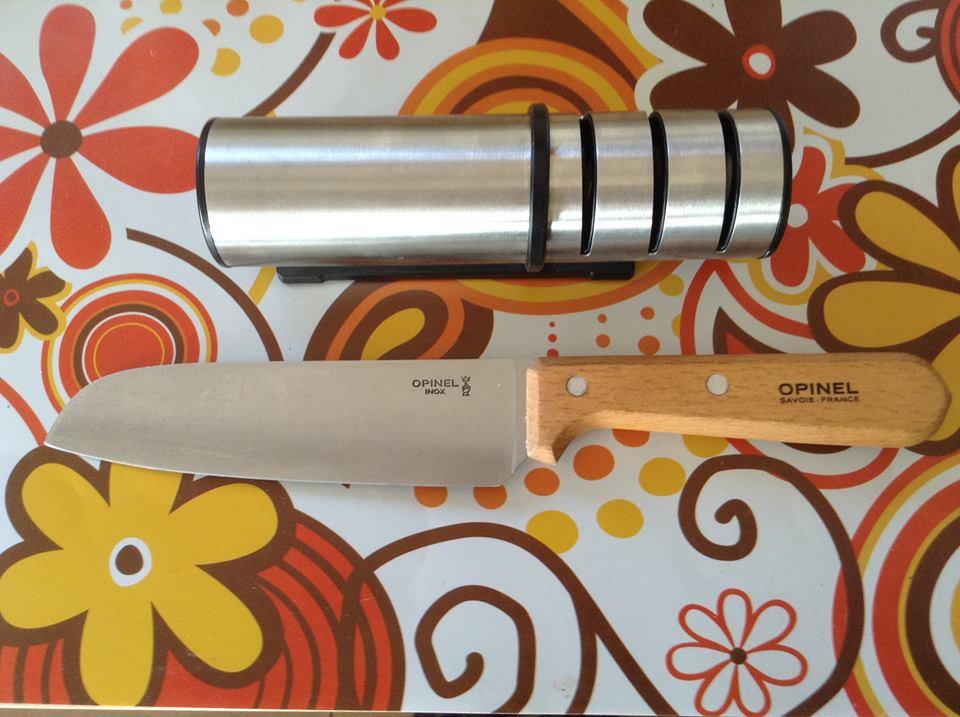סכין אופינל סונטוקו 119 לחיתוך מנגו להכנת חומץ
