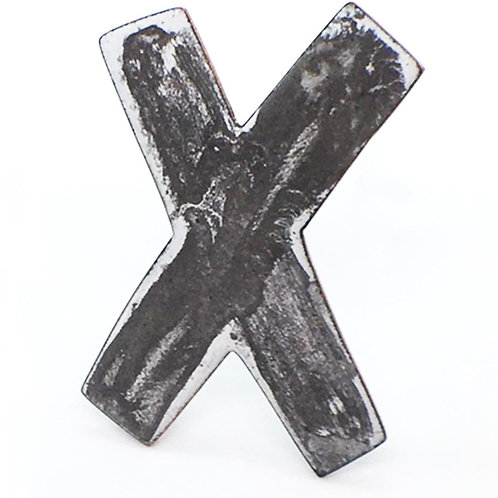 RBJB30 Noughts and Crosses Brooch