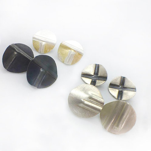 RBJE64 Indented line Studs