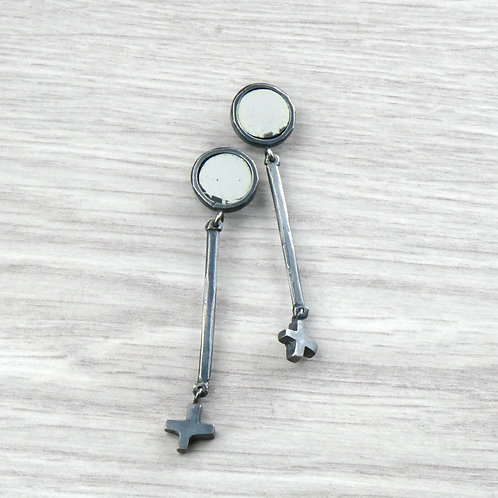 RBJE46 Circle Studs with hanging detail