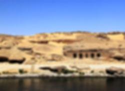 Gebel_el_silsila_aswan_egypt_www.trip2eg