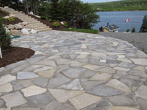 Flagstone calcaire patio