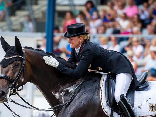 DEUTSCHE MEISTERIN im Grand Prix Special: DALERA mit ihrer Reiterin Jessica v. Bredow-Werndl