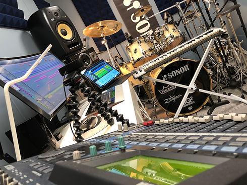 DrumLab - Macro.JPG